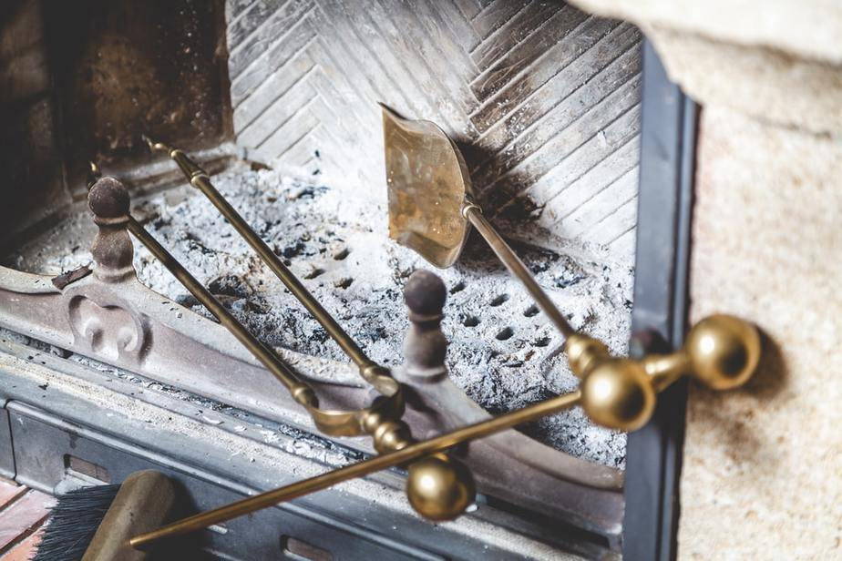 Five Top Ways of Cleaning Your Chimney